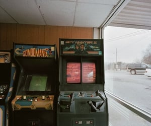 aesthetic, arcade, and 80s image