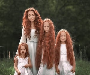girl, family, and hair image
