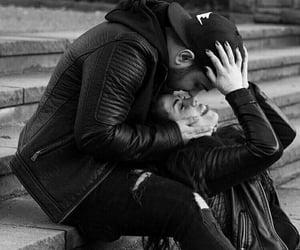 حضن حضنك احضنك احضان, عناقك عناق, and couple couples image
