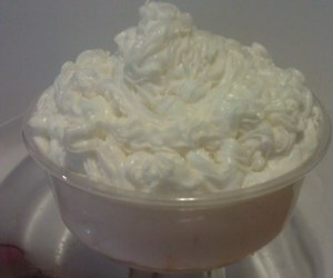 buttercream, cake, and vanilla frosting image