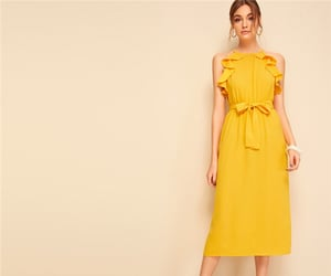 pretty dress, yellow dress, and fahsions image