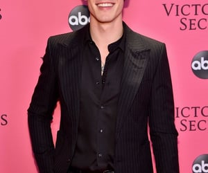 shawn mendes, Victoria's Secret, and boy image