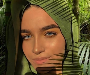 girl, muslim, and hijaabi image