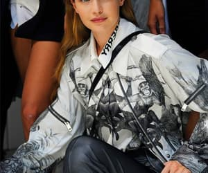 backstage, beauty, and Burberry image