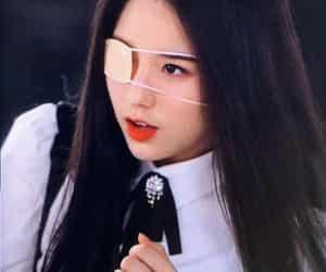 korean, kpop, and loona image