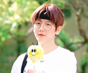 aesthetic, kpop, and cute glasses image
