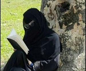 bookish, hijâbi, and niqabi image