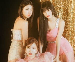 kpop, momo, and nayeon image