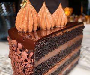 cake, chocolate cake, and cakes image