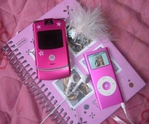 pink, 2000s, and aesthetic image