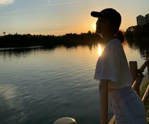 korean girl, sunset, and gfriend image