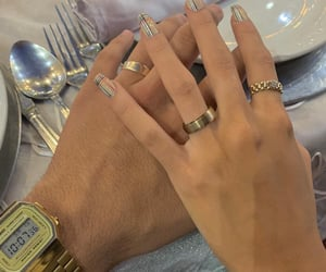 Burberry, casio, and anillos image