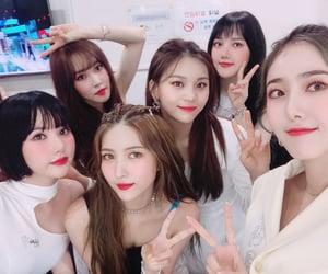 girl group, k-pop, and buddy image