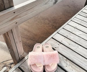 beach, fashion, and faux fur image