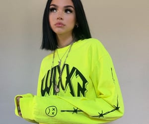 girl, maggie lindemann, and icon image