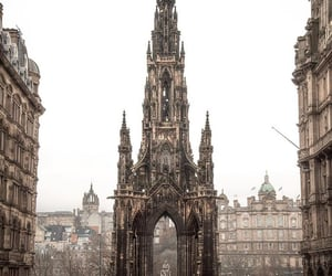 scott monument-edinburgh image