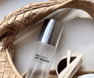 cosmetics and details image