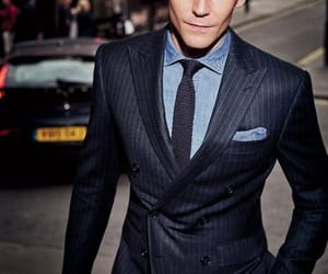 tom hiddleston, suit, and actor image