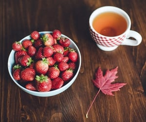 autumn, fall, and strawberry image