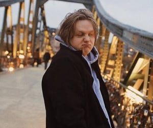 meme and lewis capaldi image