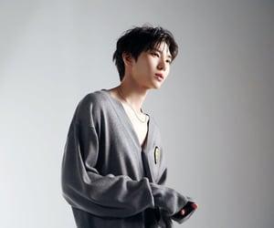 Dream, korean, and Leo image