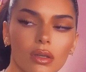 aesthetic and kendall jenner image