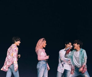 k-pop, halsey, and kim taehyung image