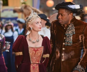 costume, middle ages, and hart of dixie image