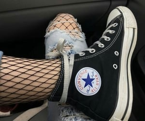 black, grunge, and converse image