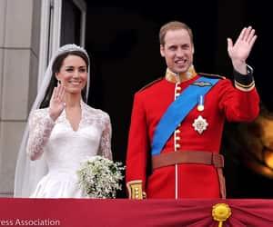 kate, prince william, and duke of cambridge image