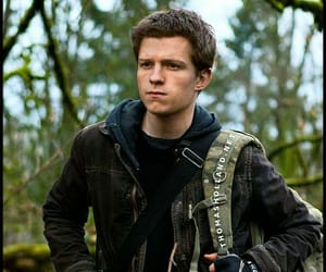falling skies and connor jessup image