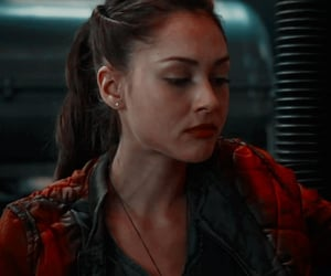 icons, the 100, and raven reyes image