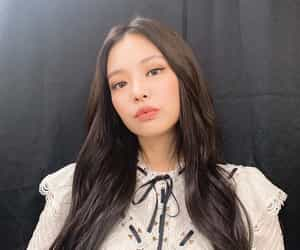 girl, jennie, and korean image