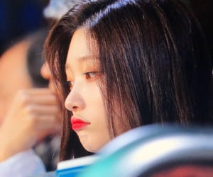 DIA, kpop, and preview image