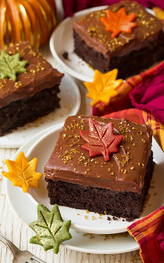 Tasty chocolate cake with sweet autumn leaves Halloween. T. D...