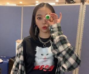 elkie, seungyeon, and yeeun image