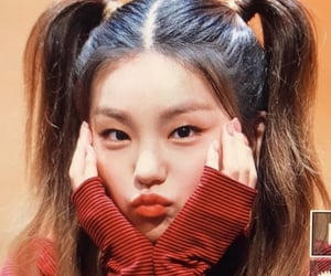 itzy, yeji, and kpop image