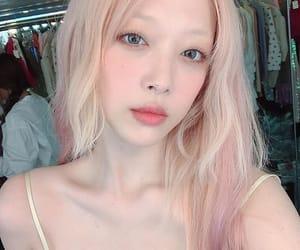 amber, sulli, and krystal image