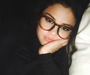 selena gomez, selena, and glasses image