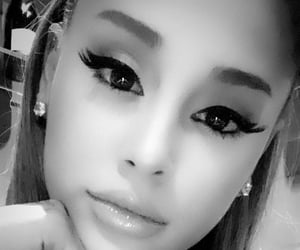 selfie, ariana grande, and instagram image