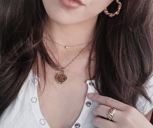 accessories, details, and jewellery image