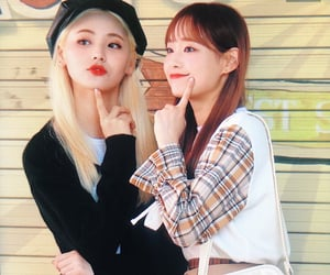 preview, chuu, and jinsoul image
