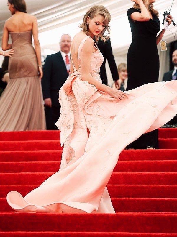 red carpet, met gala, and met gala 2014 image