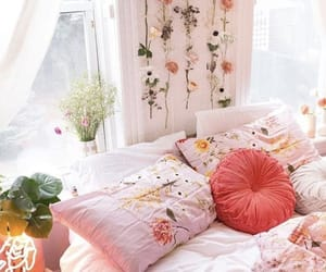 aesthetic, bedroom, and books image