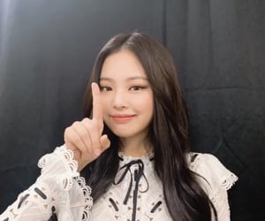 jennie, blackpink, and kim jennie image