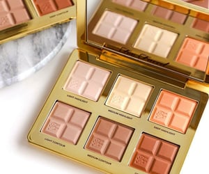 chocolate, contour, and highlight image