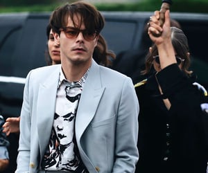 dior, paris fashion week, and charlie heaton image
