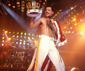 celebrities, Freddie Mercury, and live image