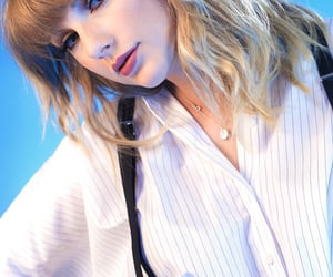Taylor Swift, Reputation, and blue image