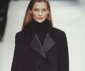 kate moss and runway image